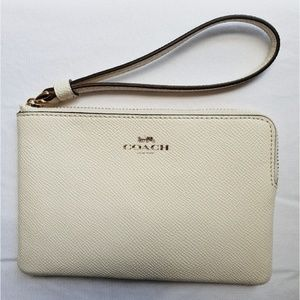 Coach white chalk corner wristlet wallet F58032